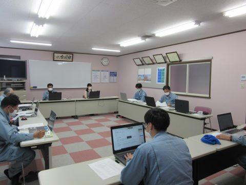 本社_会議室班