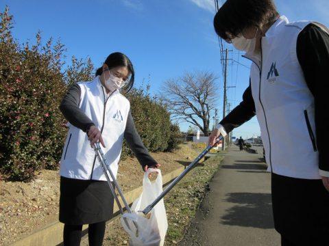 会社周辺の清掃活動